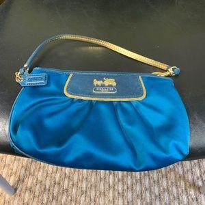 Coach purse good condition.